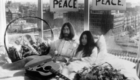 John Lennon And Yoko Ono Protesting Against War And Violence