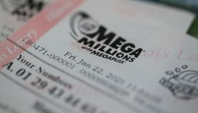 Mega Millions Jackpot Nearly 1 Billion Dollars